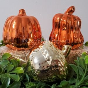 2 Iridescent Pumpkin Bundle Rae Dunn Decor Tier